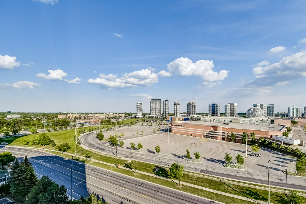 026 1008 2585 Erin Centre Mississauga view - Recently SOLD in Mississauga
