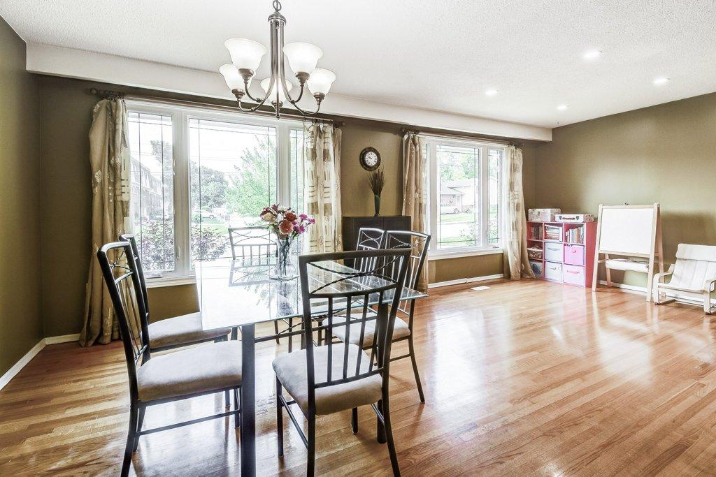 015 164 Bonaventure Hamilton dining living room - Recently SOLD ~ West Hamilton Mountain