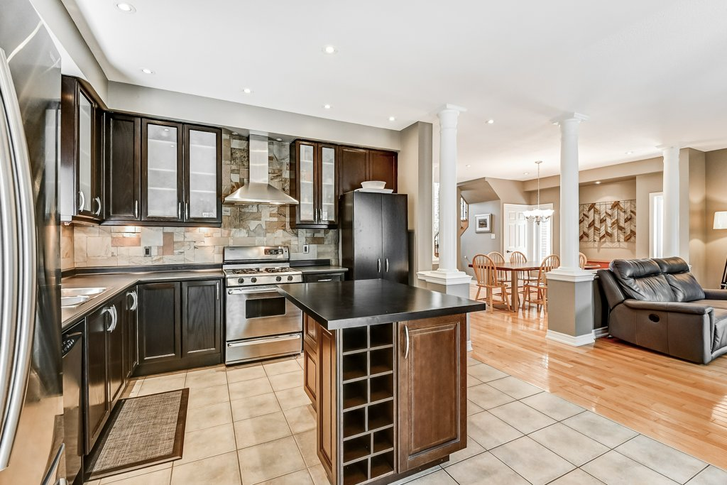 017 151 Joshua Ancaster kitchen4 - Recently SOLD in Ancaster
