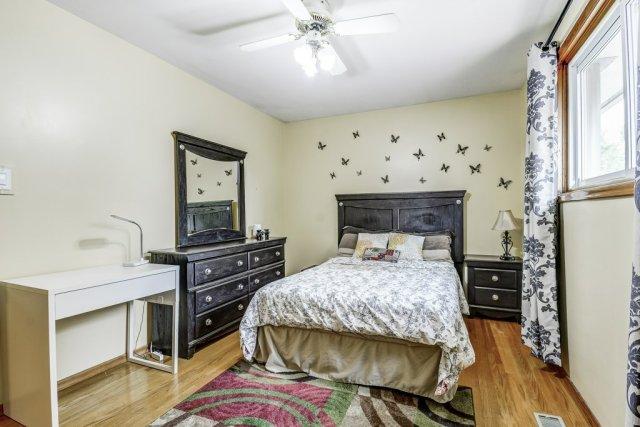 023 164 Bonaventure Hamilton bedroom4 - Recently SOLD ~ West Hamilton Mountain