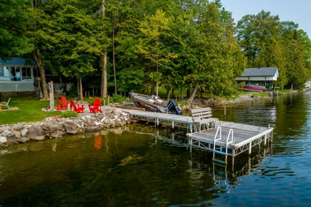 004 26 fire rte 103 bobcaygeon ON dock - WATERFRONT ~ 4 SEASON COTTAGE FOR SALE ON PIGEON LAKE