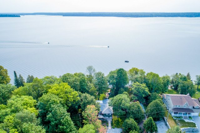 020 26 fire rte 103 bobcaygeon ON aerial13 - WATERFRONT ~ 4 SEASON COTTAGE FOR SALE ON PIGEON LAKE