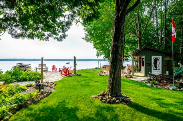 069 26 fire rte 103 bobcaygeon ON yard - WATERFRONT ~ 4 SEASON COTTAGE FOR SALE ON PIGEON LAKE