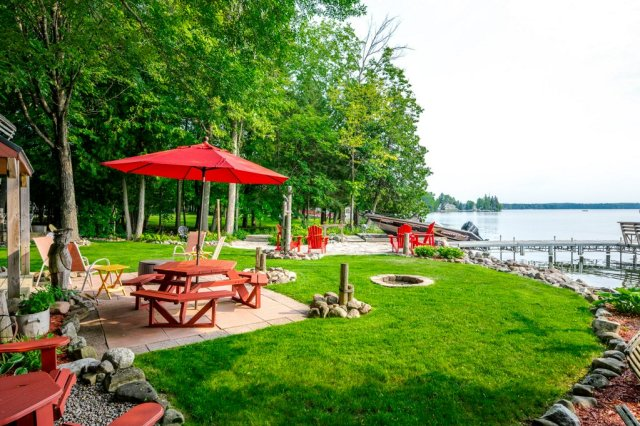 085 26 fire rte 103 bobcaygeon ON shorefront - WATERFRONT ~ 4 SEASON COTTAGE FOR SALE ON PIGEON LAKE
