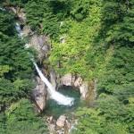 東京近郊の日帰り登山と温泉が楽しめるスポットとは?