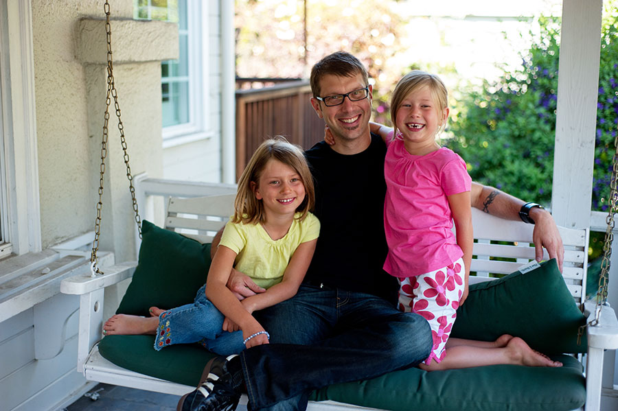 Neil with his daughters.