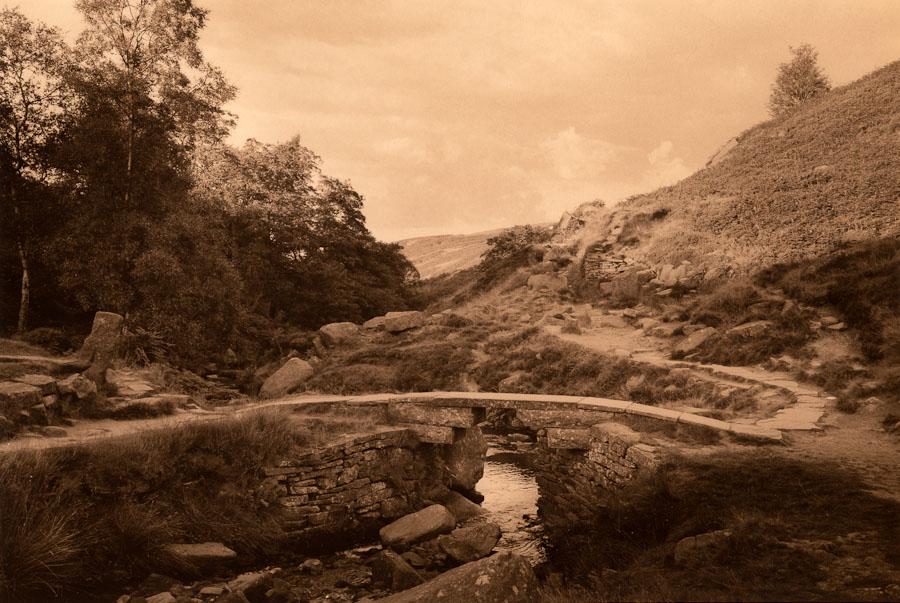https://i1.wp.com/real-photographs.co.uk/wp-content/uploads/2009/11/Bronte_Bridge001-900.jpg