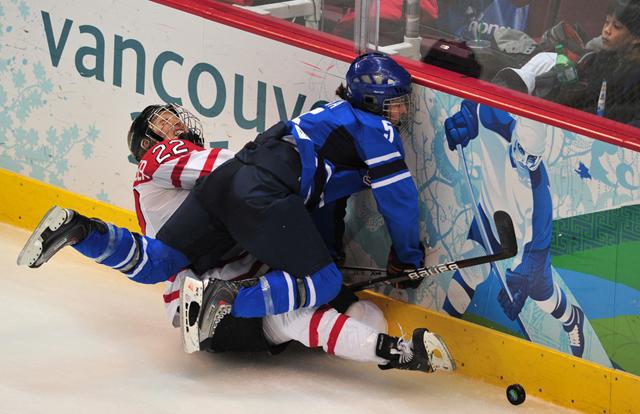 Canada's forward Hayley Wickenheiser (22