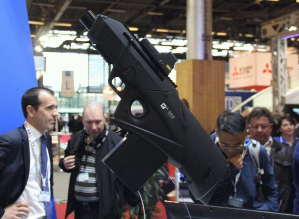 9_alsetex_new_cougar_ms_40_40mm_launcher_unveiled_at_milipol_2015
