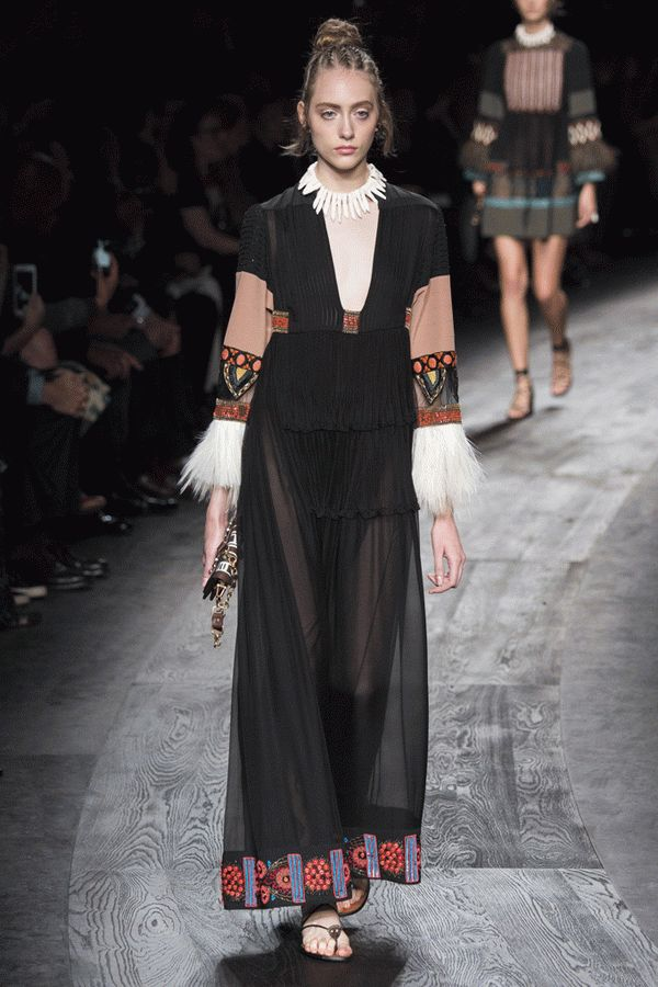 valentino-spring-2016-ready-to-wear-25