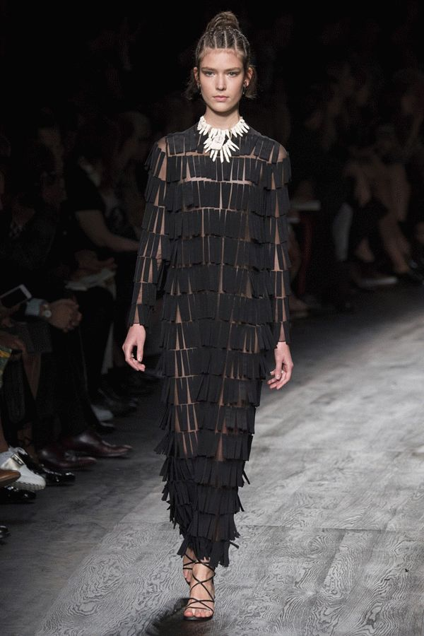 valentino-spring-2016-ready-to-wear-28