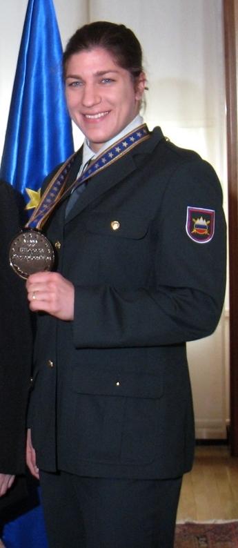 Раша Срака представляла на соревнованиях армию Словении