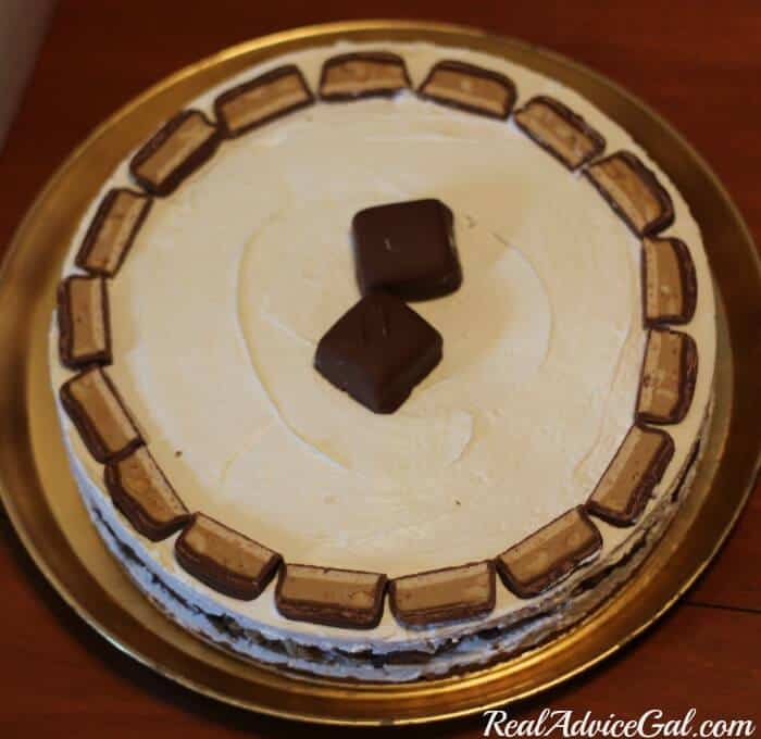 How to decorate a snickers extreme peanut butter no bake cheesecake