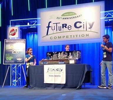 Live presentation by one of the teams at the Future City Competition