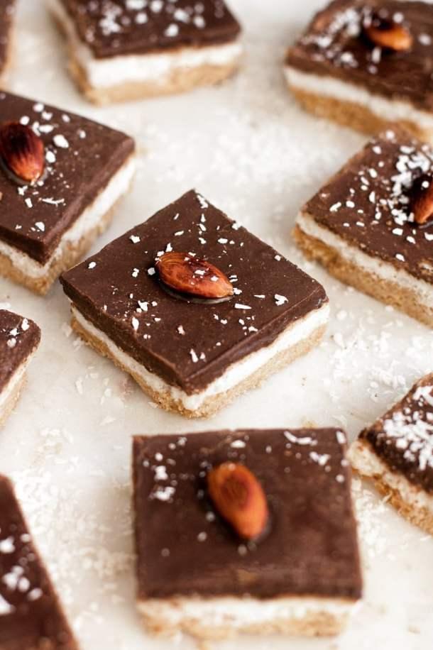 low-carb-almond-joy-bars