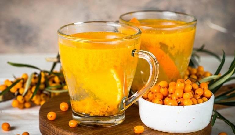 Ceaiul de cătină. Ce benefici pentru sănătate are și cui îi este interzis?