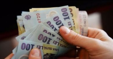 Veste grea pentru toți românii! Salariile se îngheață! Chiar în noaptea de Revelion a fost publicată hotărârea