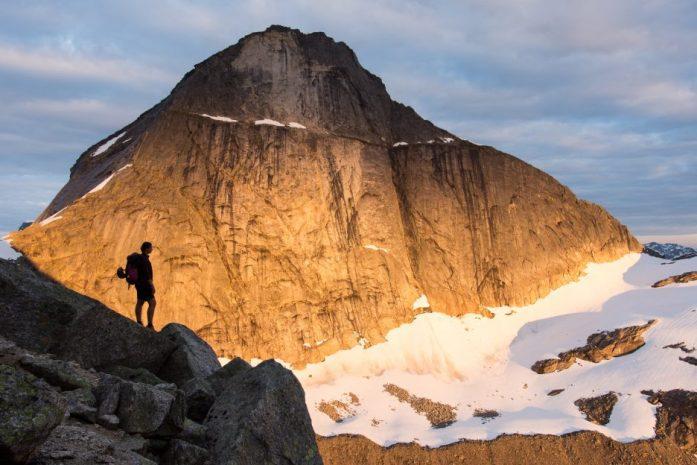 Půlnoční slunce severní Norsko