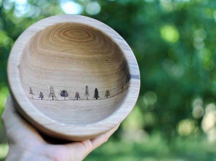 dřevěnná miska pro cestovatele