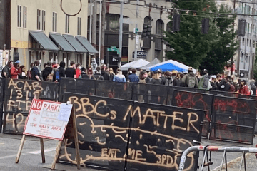 """Seattle Protesters Establish """"Autonomous Zone"""" After Police, National Guard Pull Out"""
