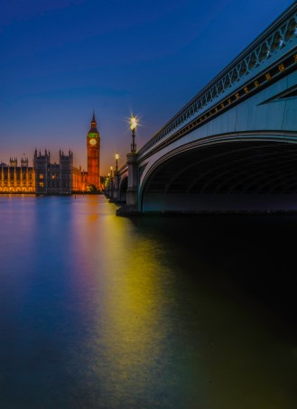 Westminster bridge with with light reflections