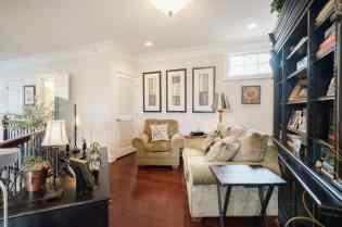 019_10410 Sablewood by MORE Real Estate Group Loft
