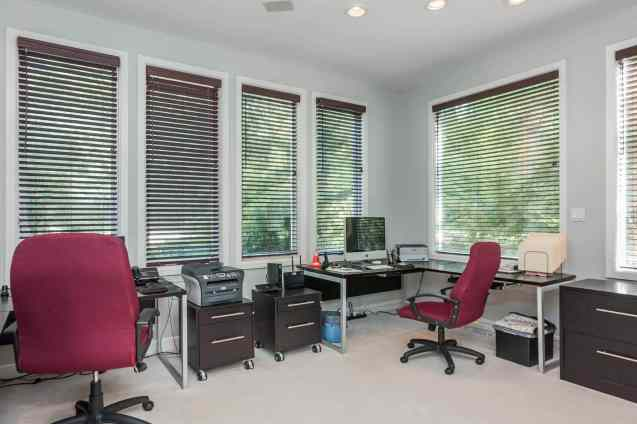 MoreRealEstate-6632_Greywalls_Lane_026_Study-Office