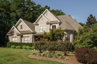 042 - 205 Settlecroft Presented by MORE Real Estate_Front