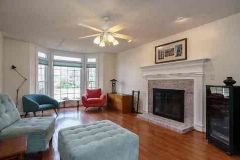 007_106 Huntsmoor Lane Presented by MORE Real Estate_Living Room