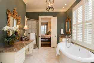 025_10901 Grand Journey Presented by MORE Real Estate_Master Bathroom