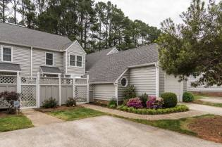 001_Presented by MORE Real Estate_124 Spring Cove Drive