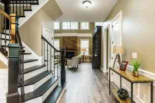 004_7301 Incline Drive Presented by MORE Real Estate_Foyer