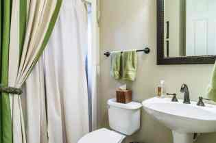 021_2011 Killearn Mill Court Presented by MORE Real Estate_ Guest Bathroom