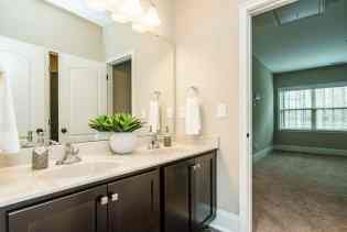 032_7301 Incline Drive Presented by MORE Real Estate_ Bathroom