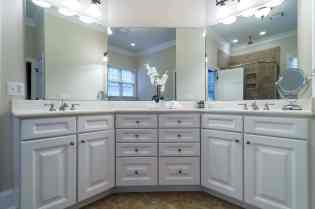 016_775 Heritage Arbor Drive Presented by MORE Real Estate_Master Bathroom