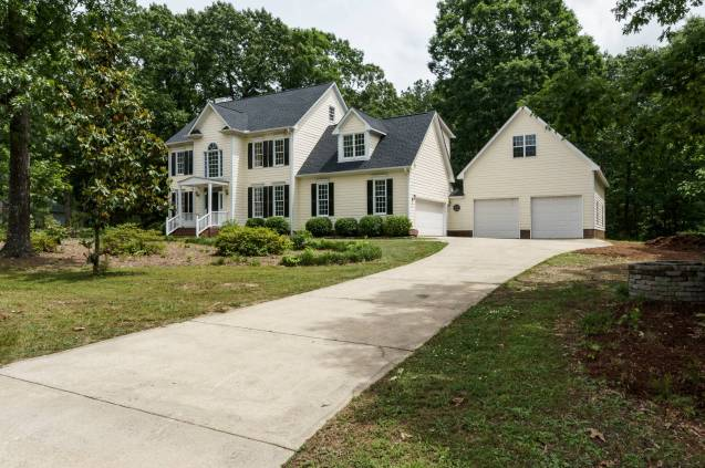 030_4325 Belnap Drive Presented by MORE Real Estate_ Front