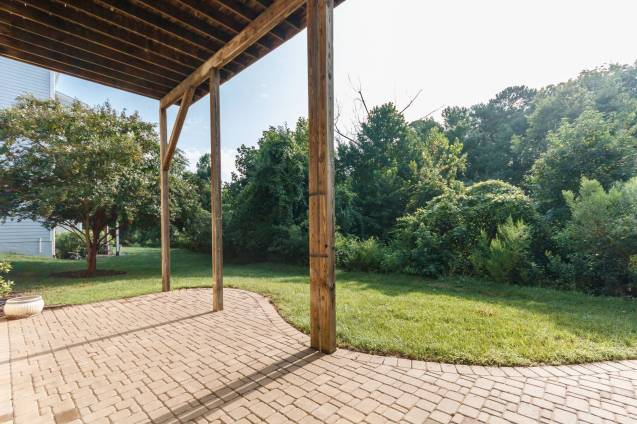 039_12516 Angel Falls Road Presented by MORE Real Estate_Deck