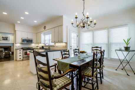 018 Stonehenge Beaut on Riddle Place presented by MORE Real Estate Group_ Breakfast-Kitchen