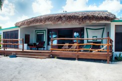 belize-luxury-beachfront-villa-770x386