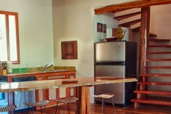 luxury-beachfront-villa-belize-kitchen-770x386