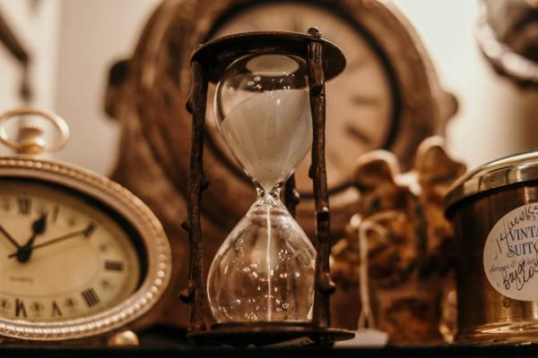 Classy hourglass