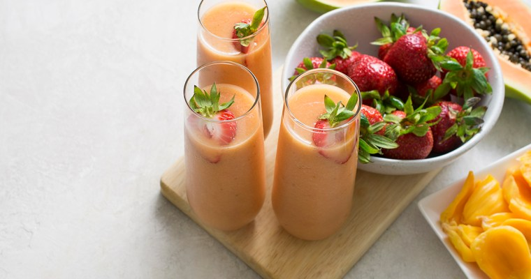Strawberry Jackfruit Smoothie