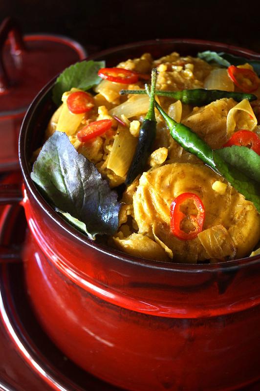 The Ultimate Potato Recipe Roundup l coconut curry smashed potato stew