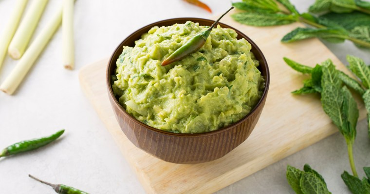 Thai Guacamole with Lemon Grass