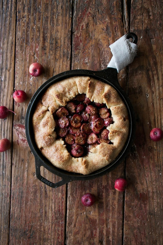 20+ Amazing Apple Recipes for Fall l caramel crab apple galette