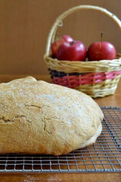 No-Knead Apple Pie Bread