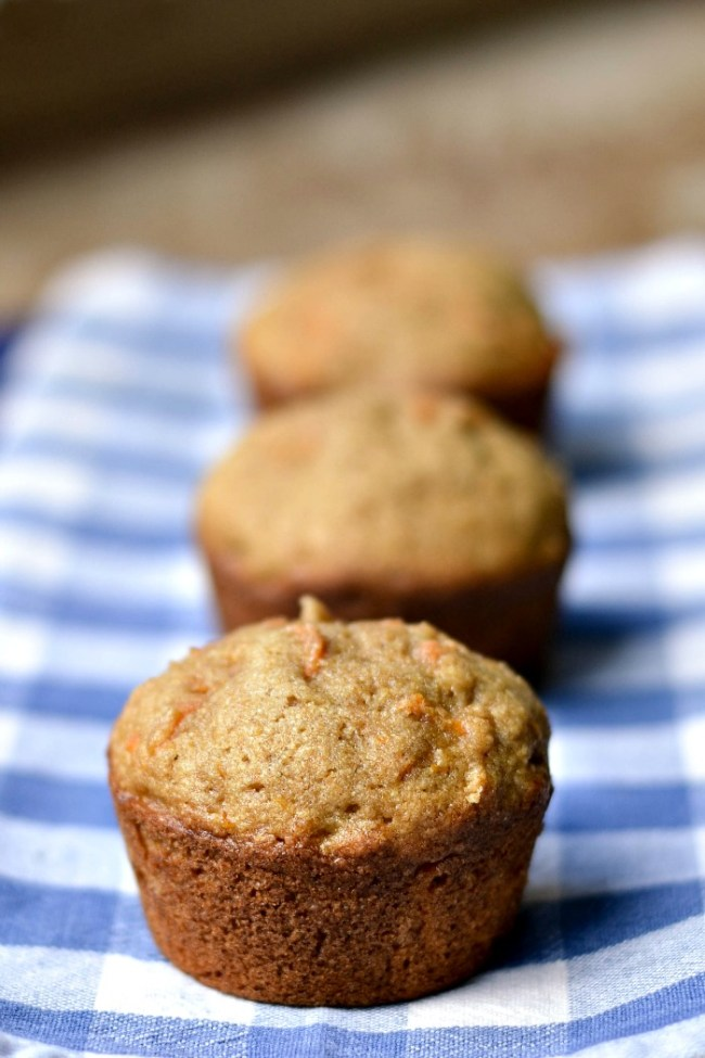 I love these carrot cake muffins! They're one my favorite healthy snacks. Recipe from Real Food Real Deals.