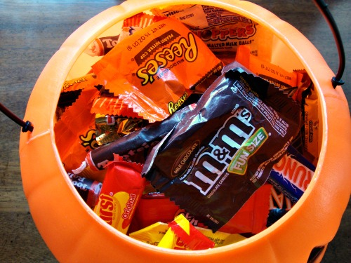 Deciding what to do with leftover Halloween candy is always a tricky topic. Kids don't need so much sugar, but we also don't want them to get a complex about healthy eating. Here's what I do.