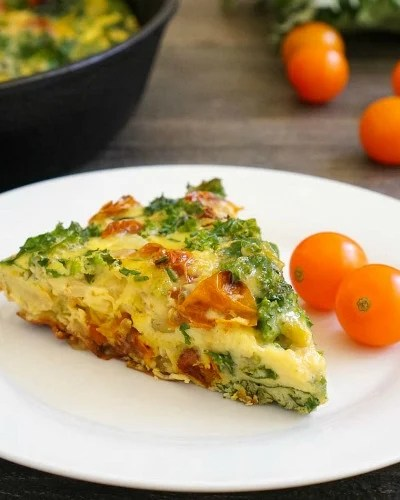 Dairy free frittata with kale and tomatoes