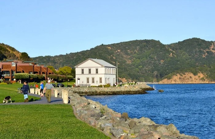 The waterfront near the Lodge at Tiburon is such a peaceful spot!